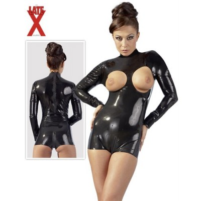 BODY IN LATEX CON SENI...